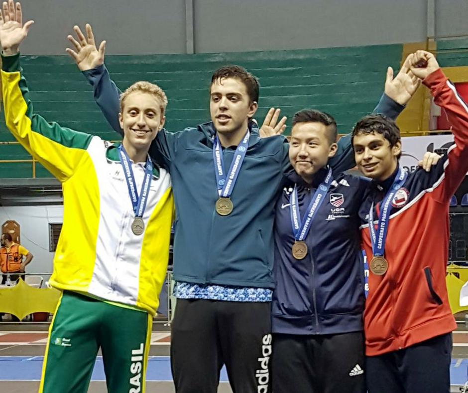 Tarcisio Mendes conquista a prata na Espada Cadete do Pan-americano de Esgrima
